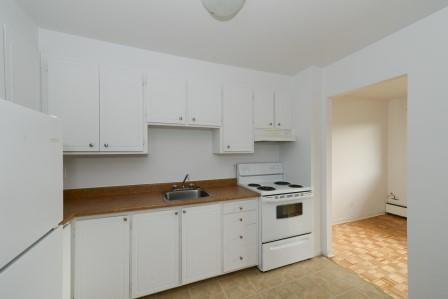 3 bedroom Apartments for rent in Saint Lambert at Projets Preville 1 - Photo 04 - RentQuebecApartments – L5110