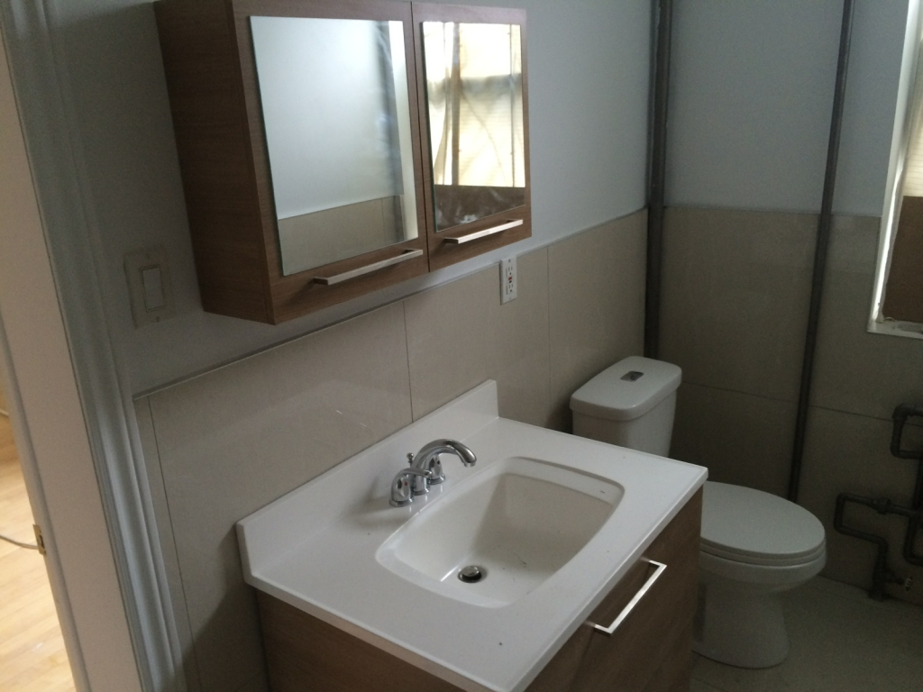 1 bedroom Apartments for rent in Cote-des-Neiges at 4201 Decarie - Photo 02 - RentQuebecApartments – L146808