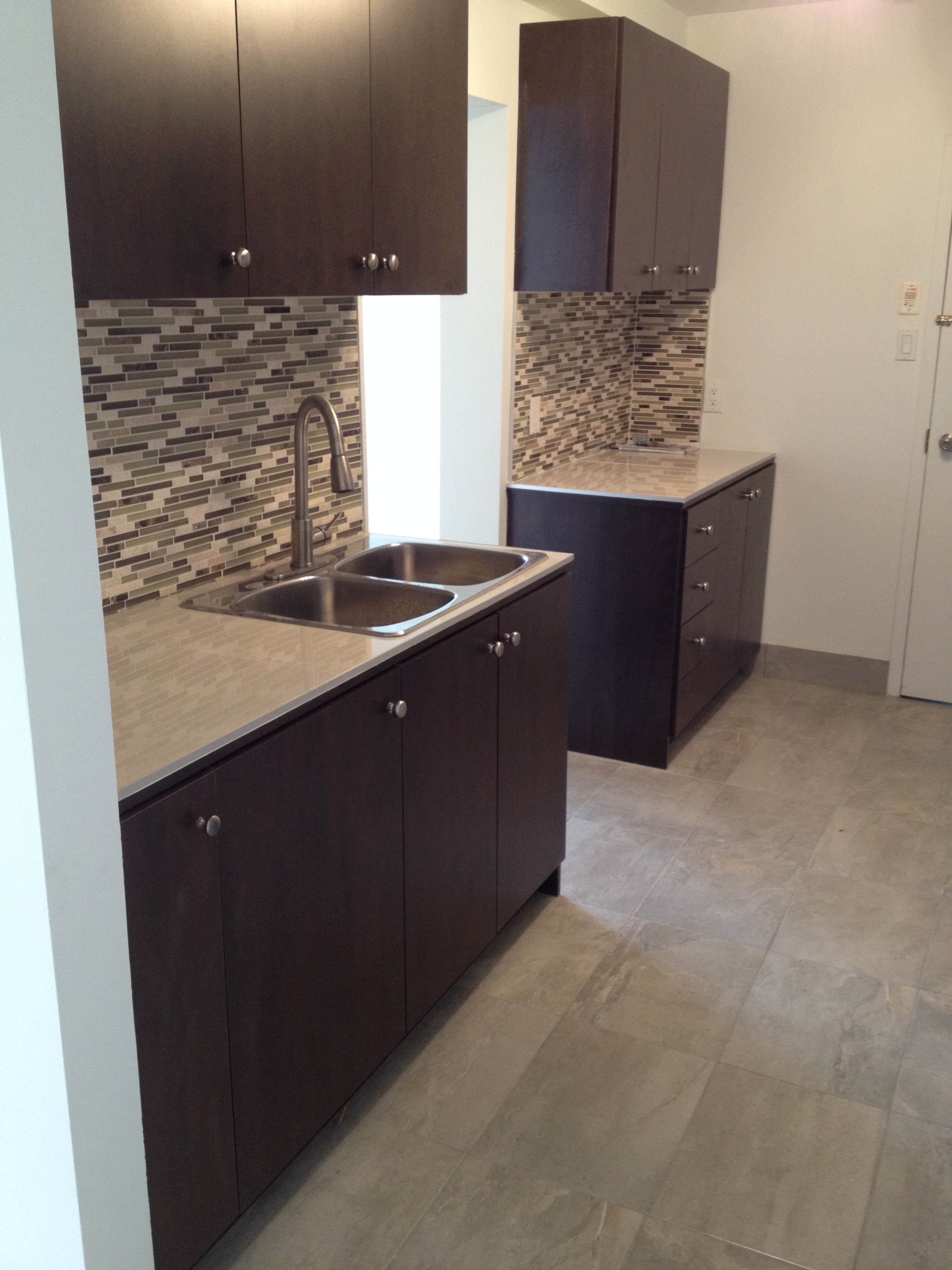 1 bedroom Apartments for rent in Cote-des-Neiges at 4201 Decarie - Photo 05 - RentQuebecApartments – L146808