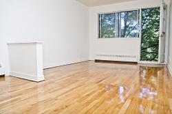 Studio / Bachelor Apartments for rent in Notre-Dame-de-Grace at 2350 Rue Mariette - Photo 04 - RentQuebecApartments – L1241