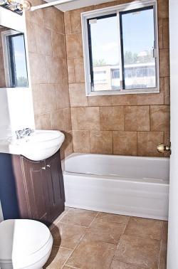 Studio / Bachelor Apartments for rent in Notre-Dame-de-Grace at 2350 Rue Mariette - Photo 07 - RentQuebecApartments – L1241
