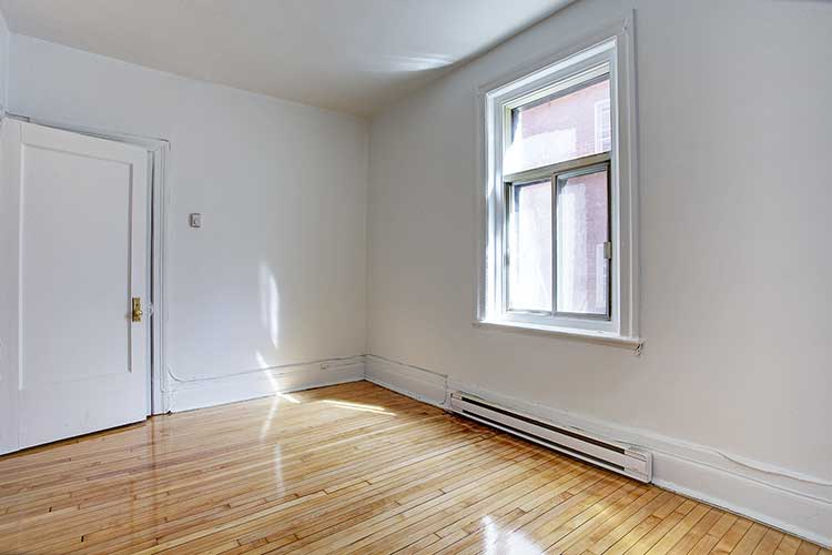 1 bedroom Apartments for rent in Montreal (Downtown) at 2205 St Marc and 1849 Lincoln - Photo 02 - RentQuebecApartments – L8038