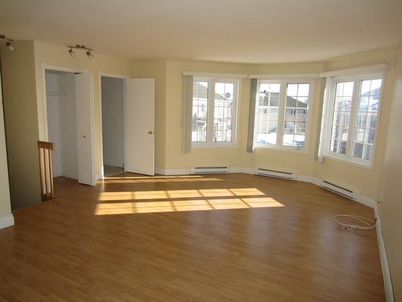 2 bedroom Apartments for rent in Quebec City at Le Domaine de Brugnon - Photo 03 - RentQuebecApartments – L168586