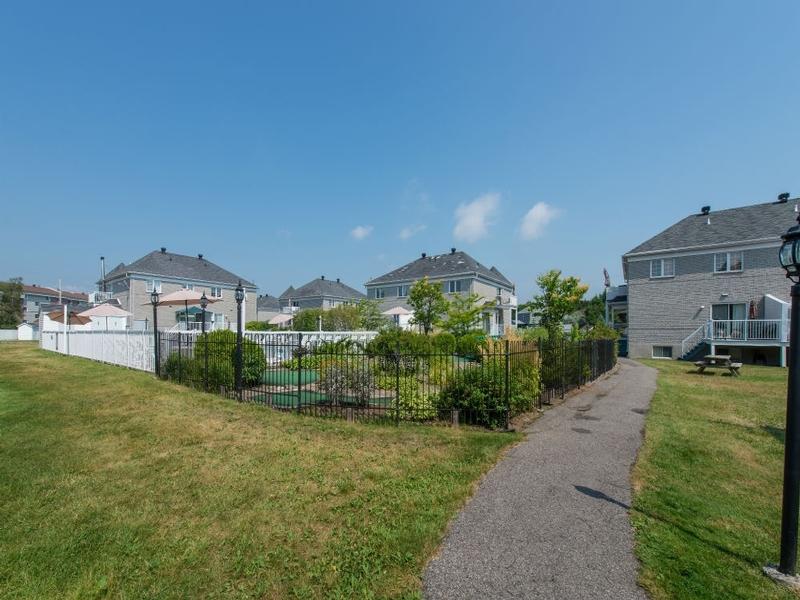 2 bedroom Apartments for rent in Quebec City at Le Domaine de Brugnon - Photo 07 - RentQuebecApartments – L168586