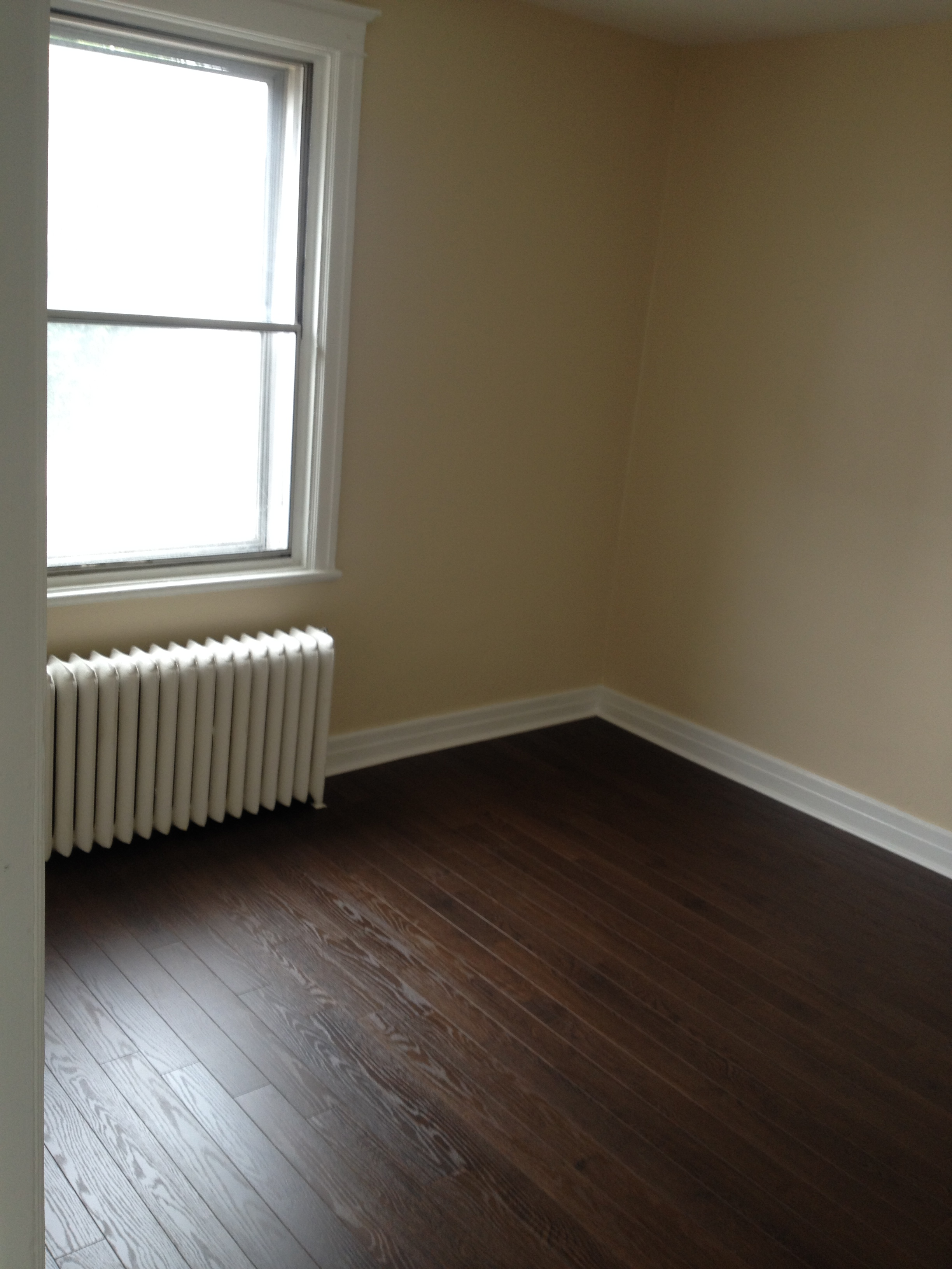2 bedroom Apartments for rent in Cote-St-Luc at 5430 Cote Saint Luc - Photo 03 - RentQuebecApartments – L112094