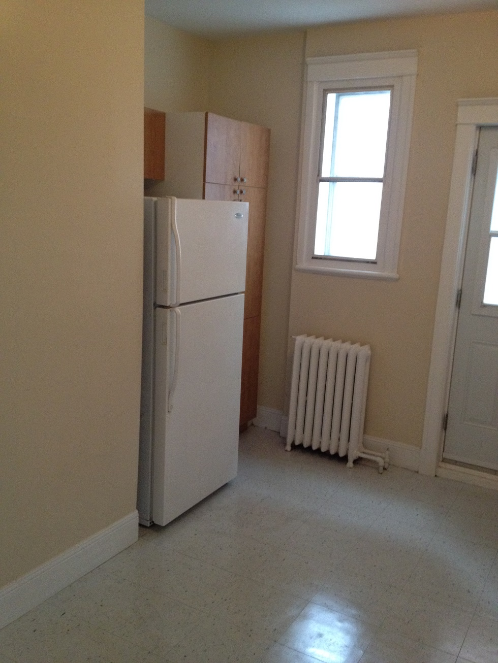 2 bedroom Apartments for rent in Cote-St-Luc at 5430 Cote Saint Luc - Photo 05 - RentQuebecApartments – L112094