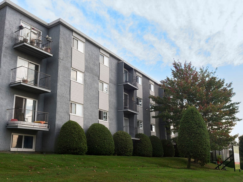 1 bedroom Apartments for rent in Sherbrooke at Le Mezy - Photo 02 - RentQuebecApartments – L333443
