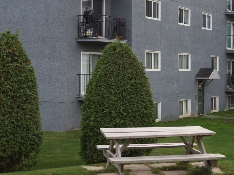 1 bedroom Apartments for rent in Sherbrooke at Le Mezy - Photo 05 - RentQuebecApartments – L333443