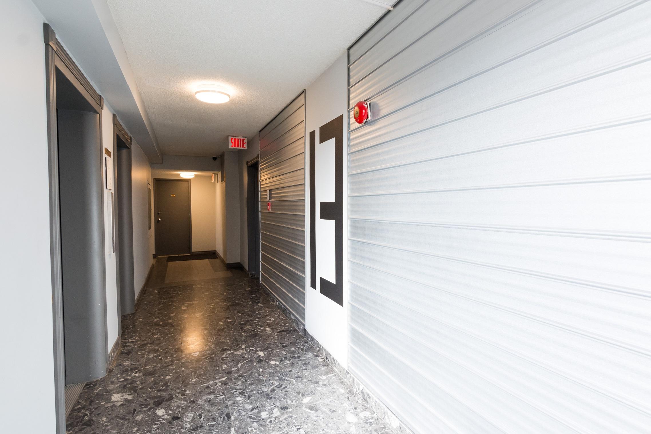 1 bedroom Apartments for rent in Notre-Dame-de-Grace at Tour Girouard - Photo 06 - RentQuebecApartments – L788