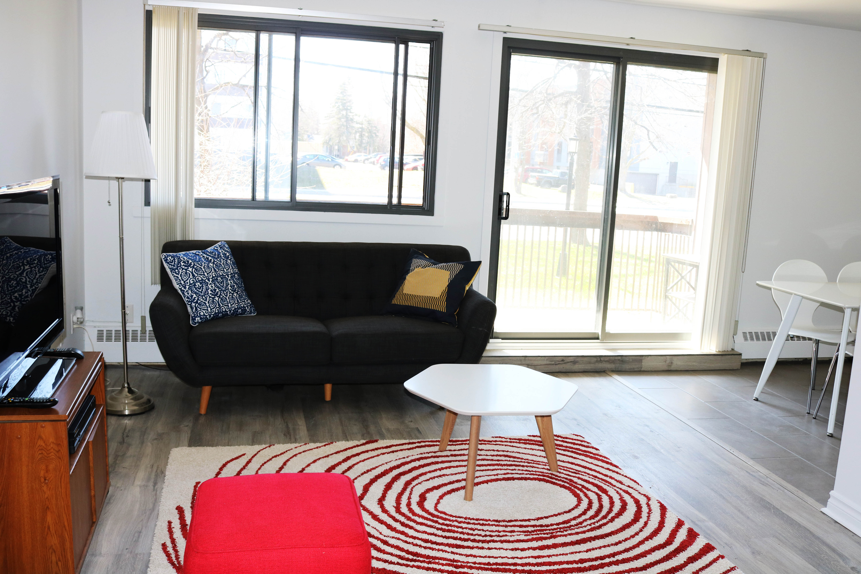 1 bedroom Apartments for rent in Dollard-des-Ormeaux at Place Fairview - Photo 02 - RentQuebecApartments – L404486