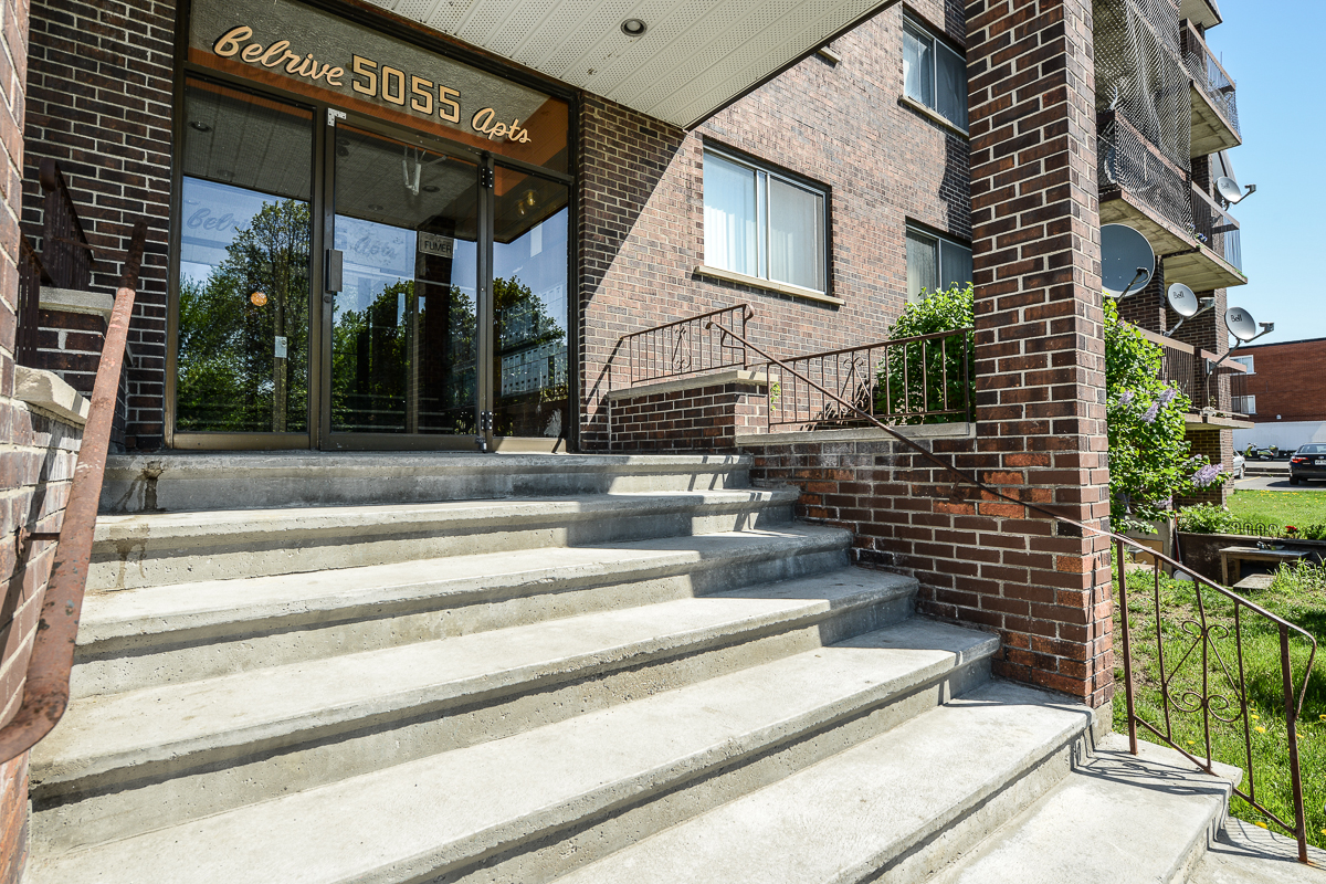 2 bedroom Apartments for rent in Laval at 5085 Notre Dame - Photo 03 - RentQuebecApartments – L28111