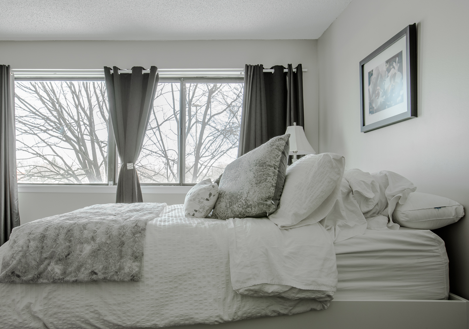 2 bedroom Apartments for rent in Pointe-Claire at Southwest One - Photo 18 - RentQuebecApartments – L1295
