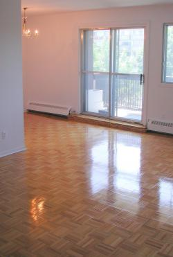 Studio / Bachelor Apartments for rent in Dollard-des-Ormeaux at Place Fairview - Photo 01 - RentQuebecApartments – L1929