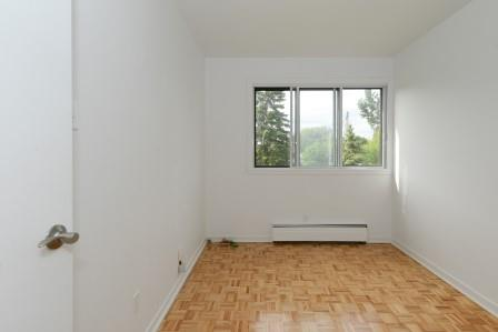 3 bedroom Apartments for rent in Saint Lambert at Projets Preville 2 - Photo 03 - RentQuebecApartments – L5972
