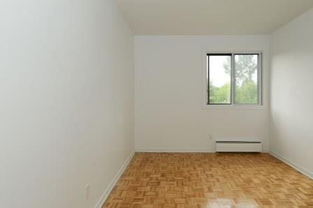 3 bedroom Apartments for rent in Saint Lambert at Projets Preville 2 - Photo 09 - RentQuebecApartments – L5972