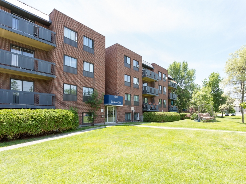 1 bedroom Apartments for rent in Sainte Julie at Grand Sud - Photo 03 - RentQuebecApartments – L6073