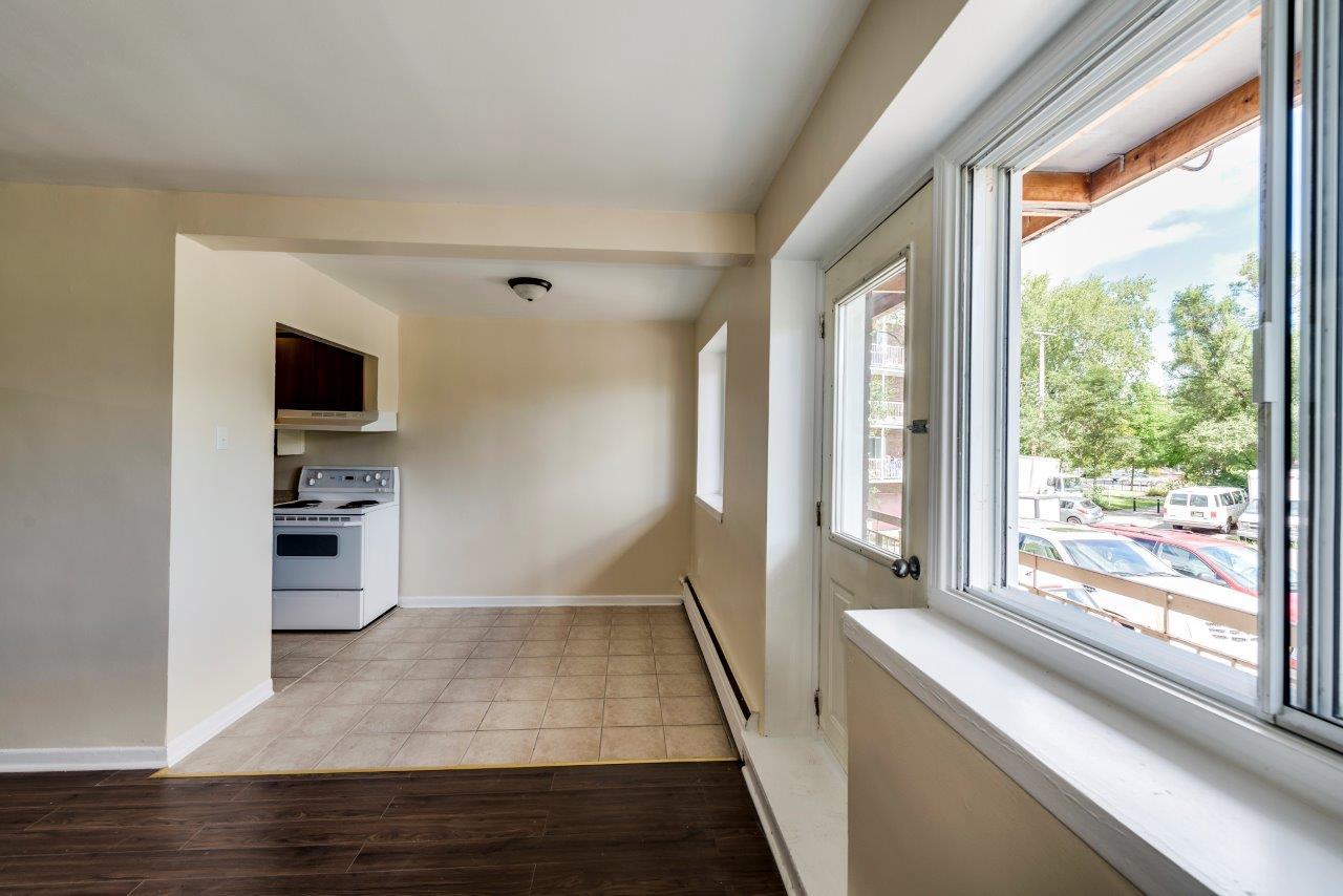 2 bedroom Apartments for rent in Ahuntsic-Cartierville at Villa St-Germain - Photo 03 - RentQuebecApartments – L179179