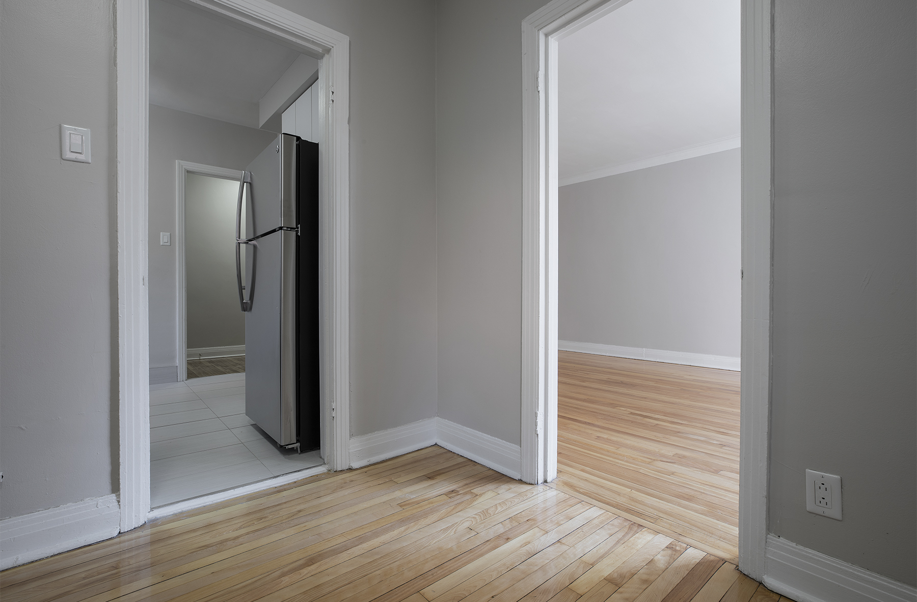 3 bedroom Apartments for rent in Cote-des-Neiges at 5000 Clanranald - Photo 03 - RentQuebecApartments – L401549