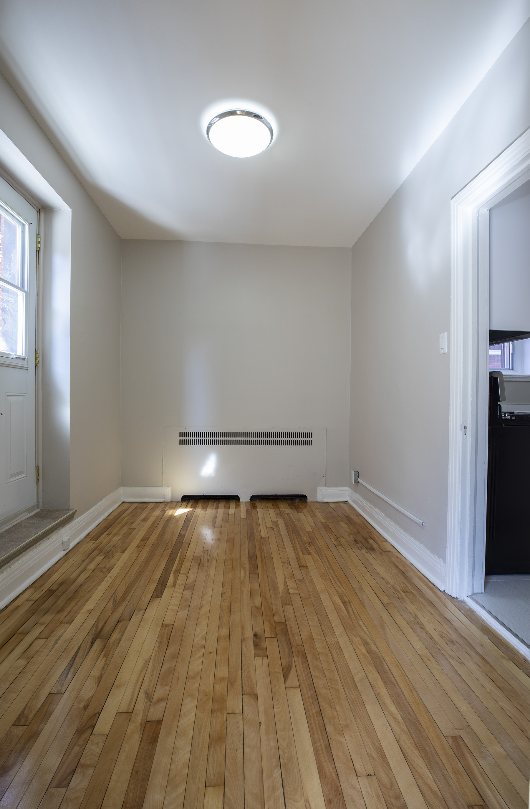 3 bedroom Apartments for rent in Cote-des-Neiges at 5000 Clanranald - Photo 11 - RentQuebecApartments – L401549