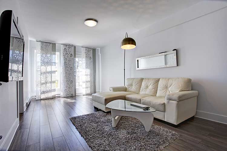 1 bedroom Apartments for rent in Westmount at 4560 Ste Catherine West - Photo 03 - RentQuebecApartments – L9818