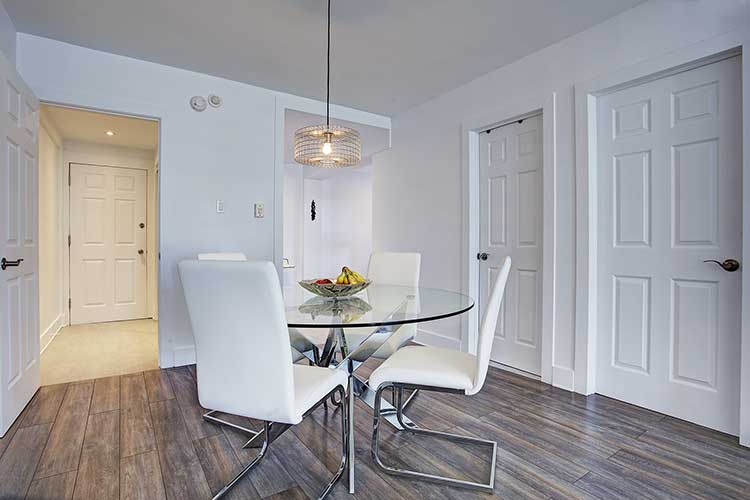 1 bedroom Apartments for rent in Westmount at 4560 Ste Catherine West - Photo 08 - RentQuebecApartments – L9818