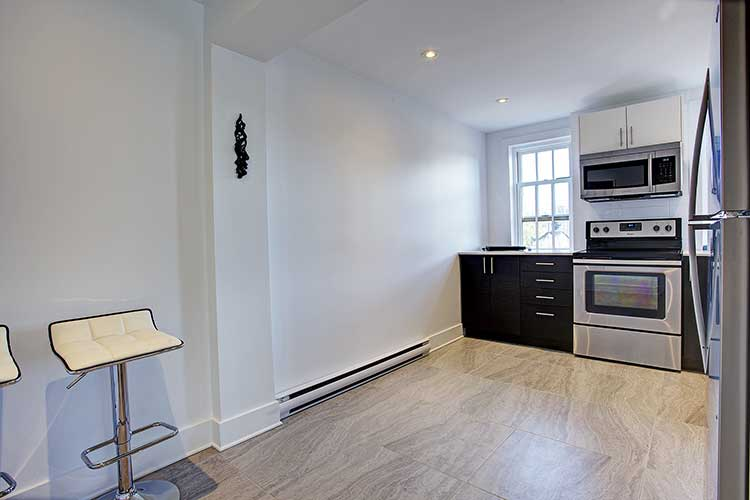 1 bedroom Apartments for rent in Westmount at 4560 Ste Catherine West - Photo 10 - RentQuebecApartments – L9818