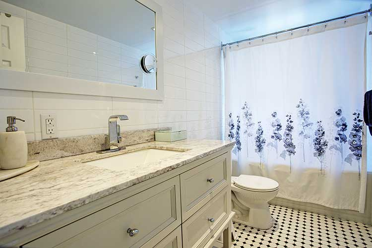 1 bedroom Apartments for rent in Westmount at 4560 Ste Catherine West - Photo 11 - RentQuebecApartments – L9818