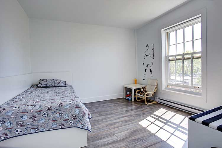 1 bedroom Apartments for rent in Westmount at 4560 Ste Catherine West - Photo 12 - RentQuebecApartments – L9818