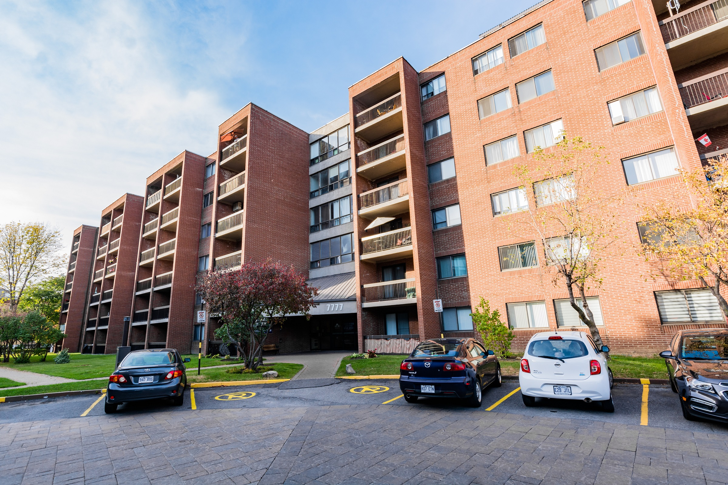 2 bedroom Apartments for rent in Ville-Lasalle at Toulon sur Mer - Photo 08 - RentQuebecApartments – L6200