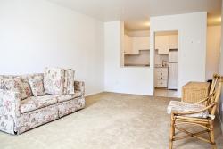 2 bedroom Apartments for rent in Ville-Lasalle at Toulon sur Mer - Photo 01 - RentQuebecApartments – L6200