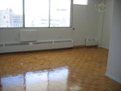 1 bedroom Apartments for rent in Cote-St-Luc at Pavillon Highrise - Photo 02 - RentQuebecApartments – L5786