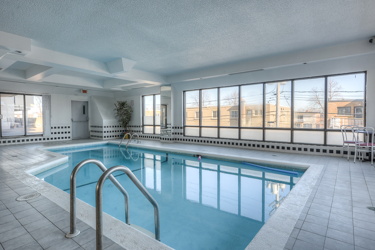 2 bedroom Penthouses for rent in St. Leonard at Le Baron II Inc. - Photo 03 - RentQuebecApartments – L128087