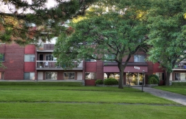 1 bedroom Apartments for rent in Laval at Place Renaissance - Photo 01 - RentQuebecApartments – L9532