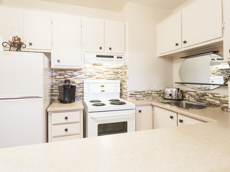 1 bedroom Apartments for rent in Laval at Habitations Des Chateaux - Photo 03 - RentQuebecApartments – L6067