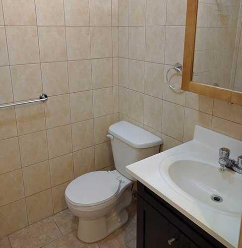 2 bedroom Apartments for rent in Cote-des-Neiges at 2990 Linton - Photo 03 - RentQuebecApartments – L9828