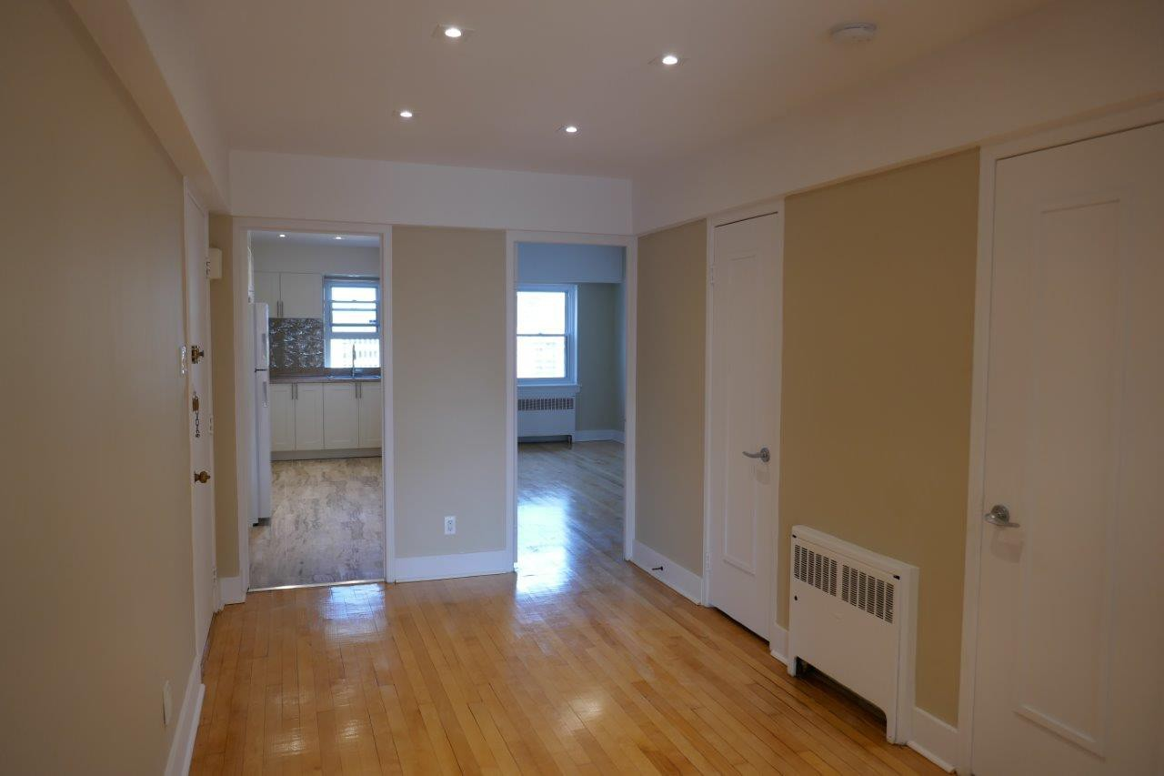 2 bedroom Apartments for rent in Montreal (Downtown) at 3644 du Musee - Photo 05 - RentQuebecApartments – L401051