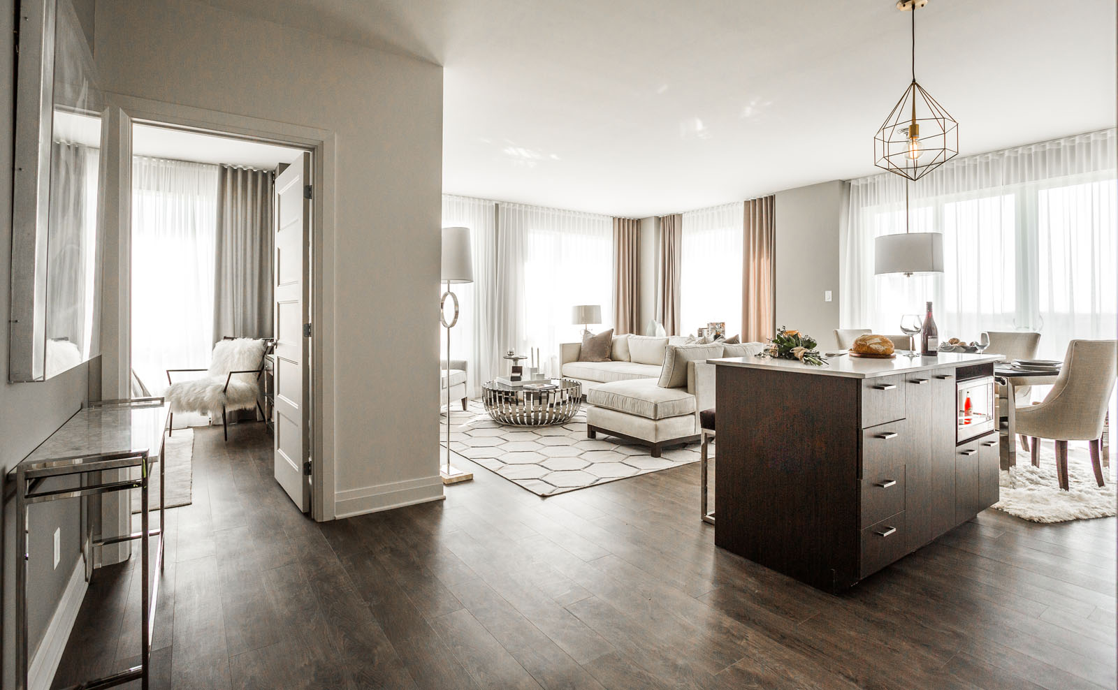 luxurious 2 bedroom Condos for rent in Laval at Collection Equinoxe - Levesque - Photo 12 - RentQuebecApartments – L351127