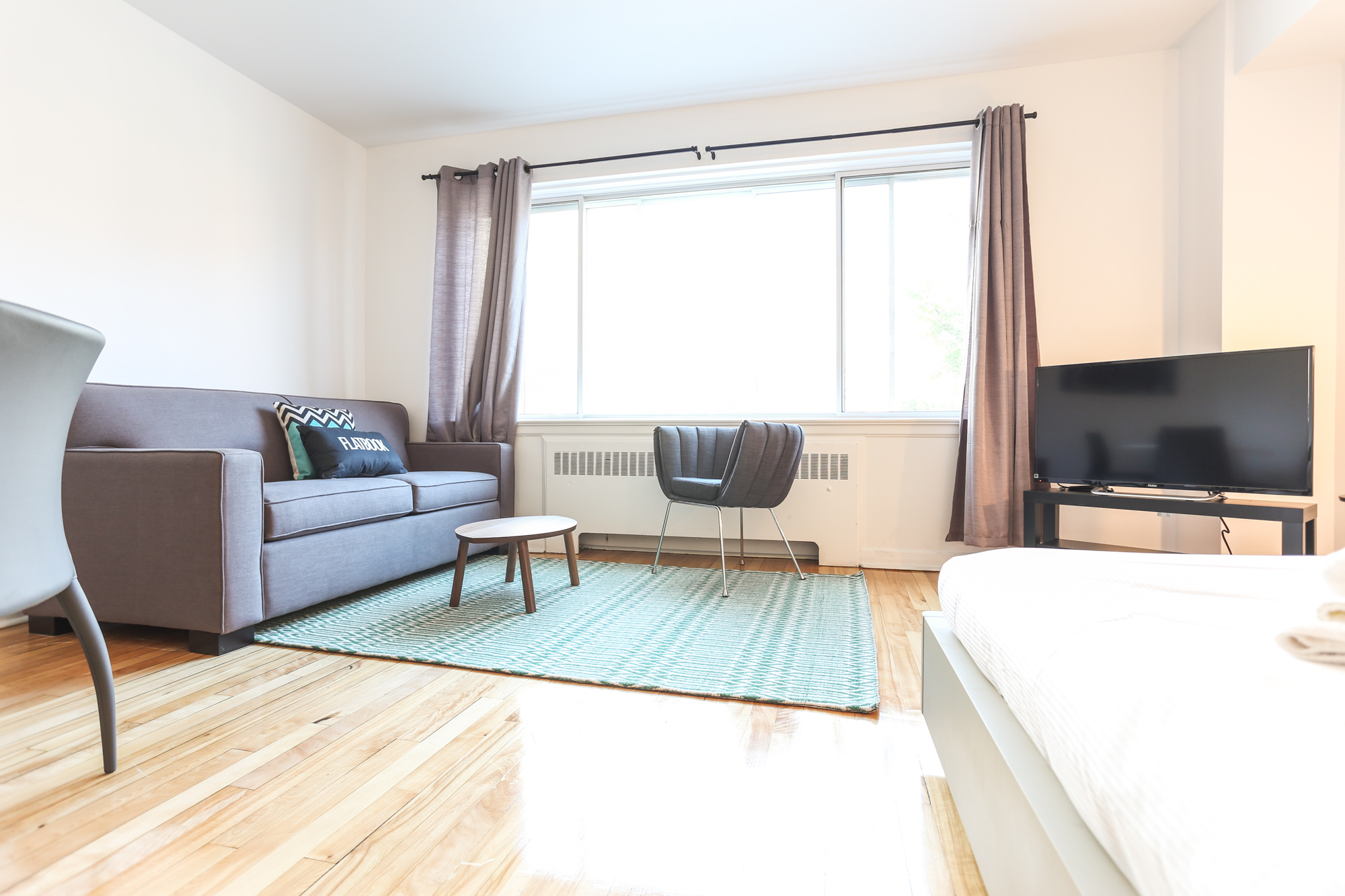 Studio / Bachelor Apartments for rent in Montreal (Downtown) at 1420 St Mathieu - Photo 10 - RentQuebecApartments – L1748