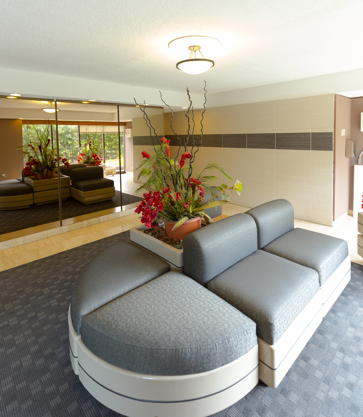 furnished 1 bedroom Apartments for rent in Pointe-Claire at Southwest One - Photo 08 - RentQuebecApartments – L7114