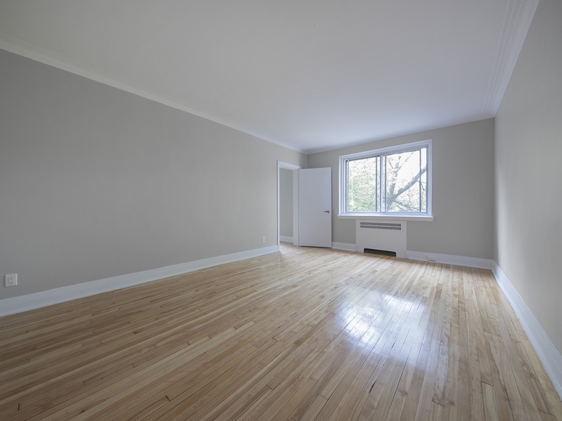 2 bedroom Apartments for rent in Cote-St-Luc at Les immeubles MacDonald - Photo 02 - RentQuebecApartments – L401536