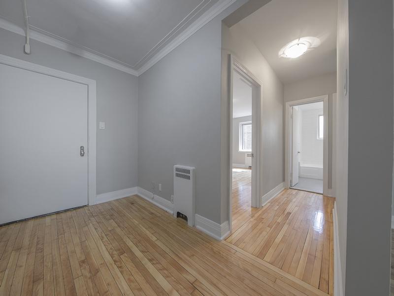 2 bedroom Apartments for rent in Cote-St-Luc at Les immeubles MacDonald - Photo 06 - RentQuebecApartments – L401536