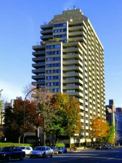 Studio / Bachelor Apartments for rent in Montreal (Downtown) at 2021 Atwater - Photo 09 - RentQuebecApartments – L1669
