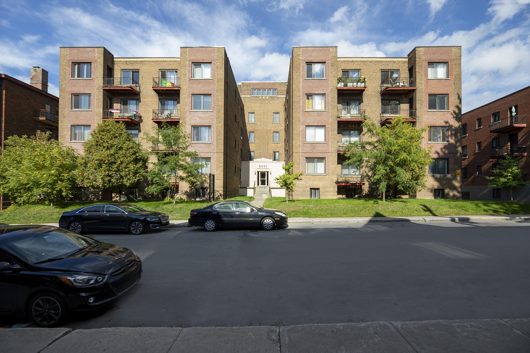 1 bedroom Apartments for rent in Cote-St-Luc at Les immeubles MacDonald - Photo 03 - RentQuebecApartments – L401535