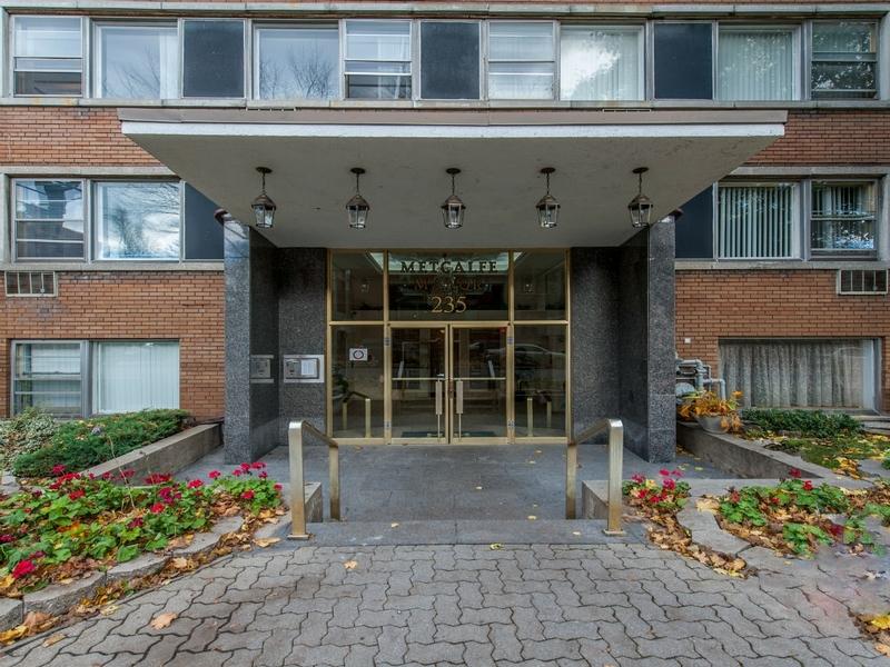 3 bedroom Apartments for rent in Westmount at Metcalfe - Photo 03 - RentQuebecApartments – L168609