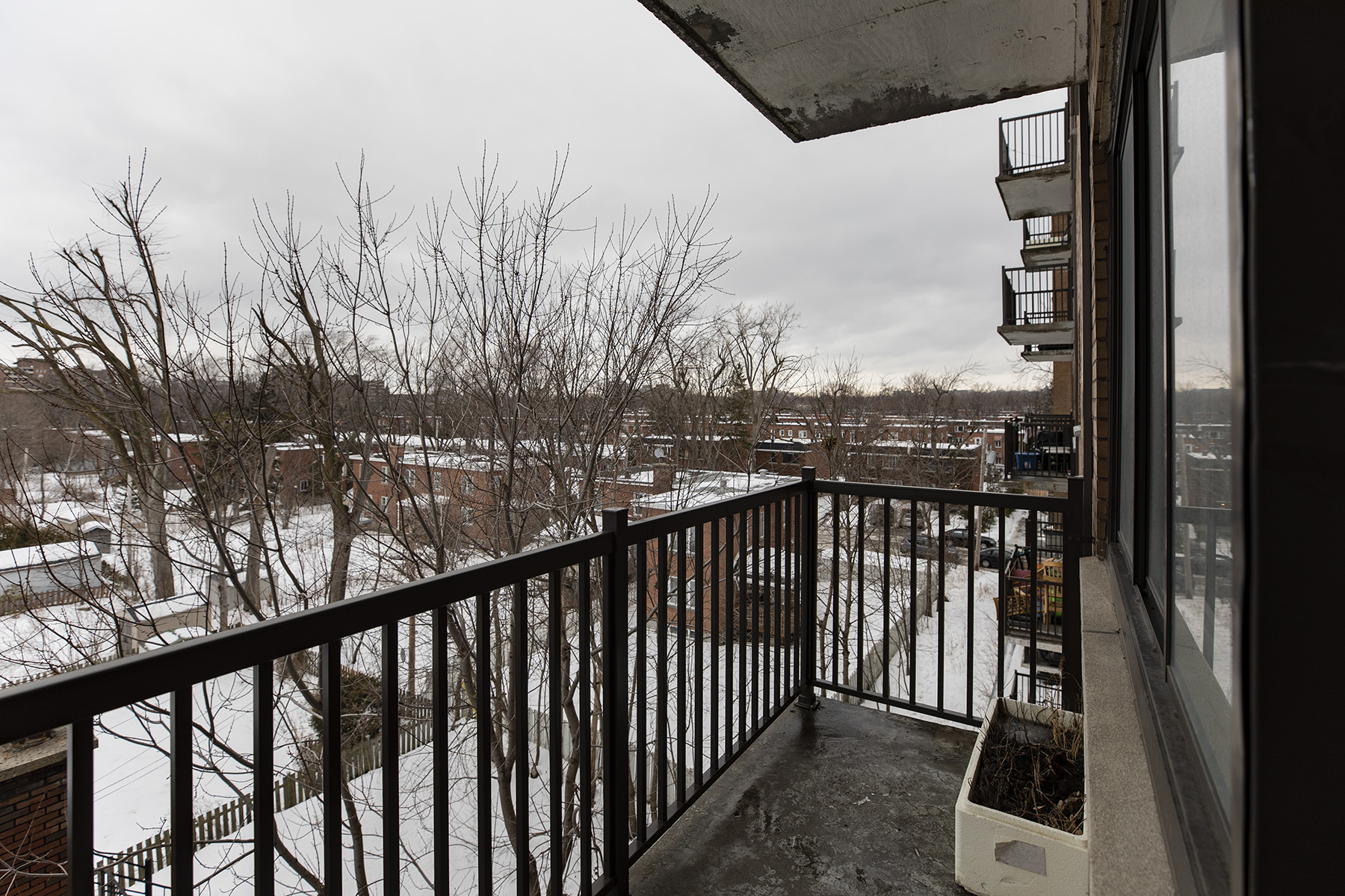 3 bedroom Apartments for rent in Montreal West at 6955 Fielding - Photo 12 - RentQuebecApartments – L401543