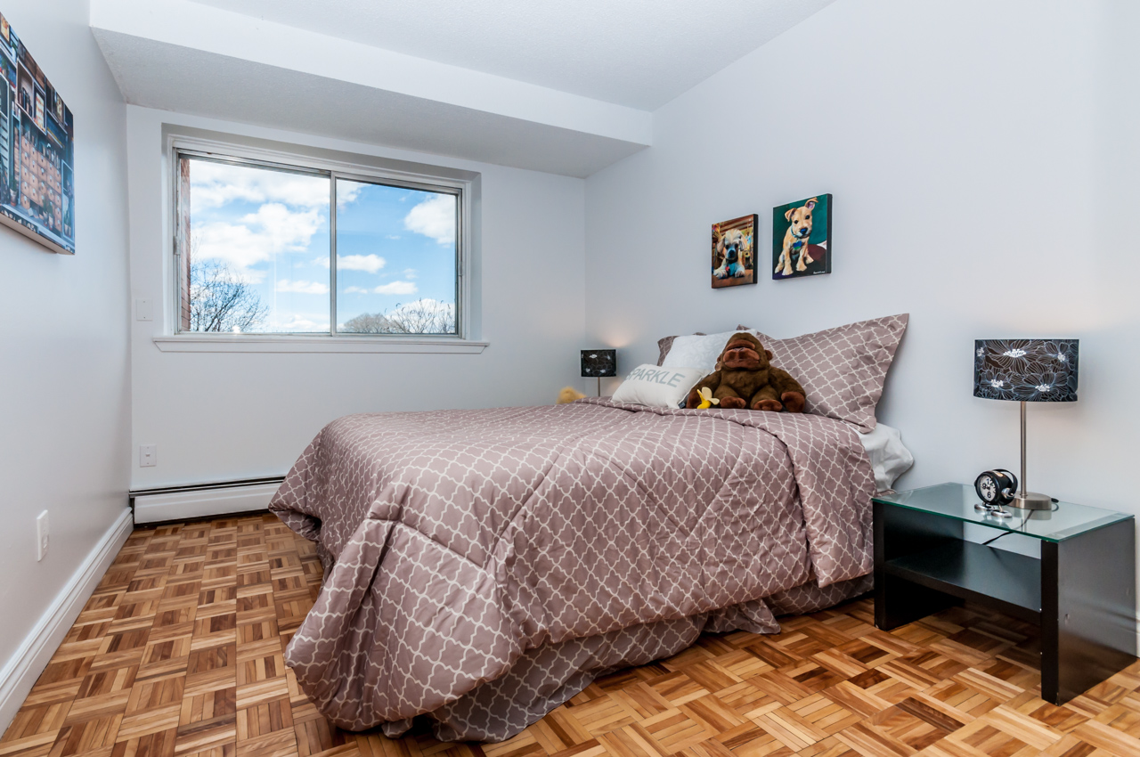 2 bedroom Apartments for rent in Gatineau-Hull at Place Charles Albanel - Photo 03 - RentQuebecApartments – L8896