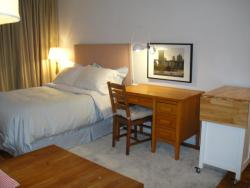furnished 2 bedroom Apartments for rent in Cote-des-Neiges at CDN - Photo 09 - RentQuebecApartments – L8144