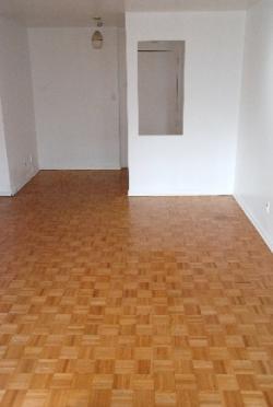 Studio / Bachelor Apartments for rent in Notre-Dame-de-Grace at 5105 Rosedale Ave - Photo 02 - RentQuebecApartments – L115575