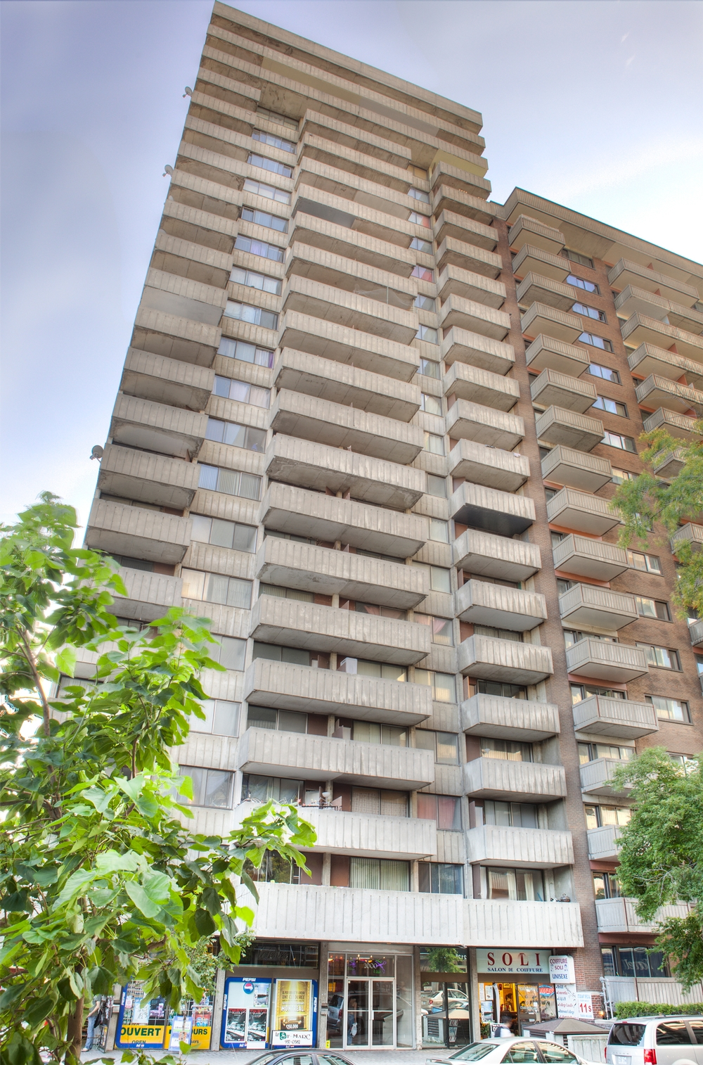 Studio / Bachelor Apartments for rent in Montreal (Downtown) at St Marc - Photo 01 - RentQuebecApartments – L9536