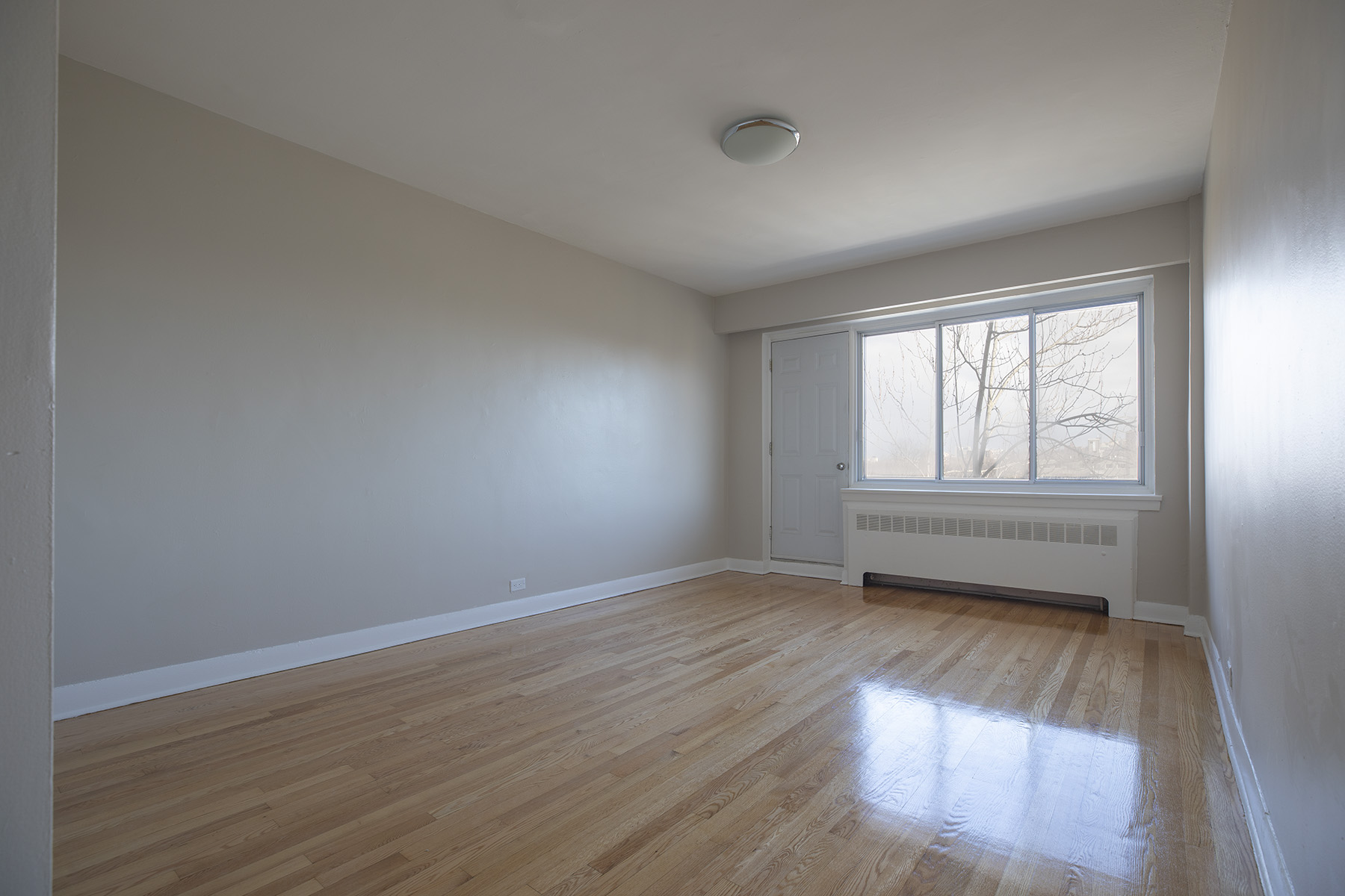 1 bedroom Apartments for rent in Montreal West at 6955 Fielding - Photo 04 - RentQuebecApartments – L401541